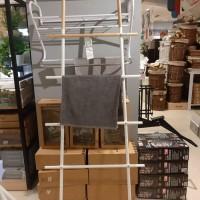 Gantungan tangga baju sajadah mukena handuk rak tangga