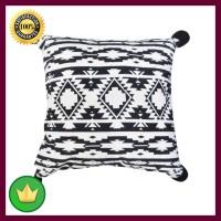 Arthome Sarung Bantal Sofa Monochrome 45x45 Cm - Hitam/putih