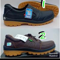 Katalog Sepatu Kickers Katalog.or.id