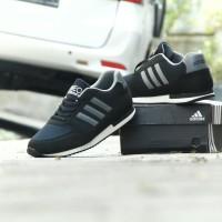 (JUMBO)Sepatu Pria Sport Adidas Neo City Racer Hitam Abu Casual Santai