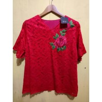 Blouse -) 4785 blouse brukat imlek dengan aksesoris bunga tempel