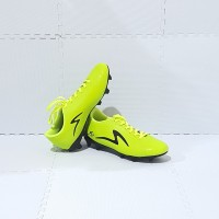 Sepatu Bola Dewasa SPECS Size 39 - Size 43 Murah JC529