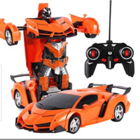 RC TRANSFORMER 1 : 18 / MOBIL REMOT JADI ROBOT BATERAI CAS - Orange