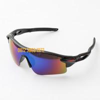 Kacamata Sepeda Gowes dengan 5 Lensa Tambahan Bukan Original Oakley