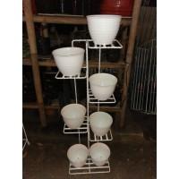 rak besi tanaman hias model lemari