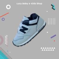Sepatu Anak Laki Perempuan Cowok Cewek Abu Hitam Olahraga Sekolah