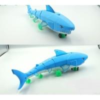 Mainan Baby SHARK Ikan HIU Lampu Musik 66-005194