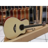 Gitar Akustik Elektrik Yamaha Natural