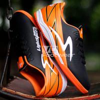 Sepatu Futsal Specs Accelerator Lightspeed Pro Termurah - Oren Sol Oren, 39