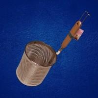 Saringan Mie 14cm kotak,Tirisan Mie/Ramen Handle Kayu - 14cm