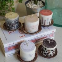 Lilin aroma Frangipani dengan tatakan batok kelapa / LLFRBK - Bali Coffee