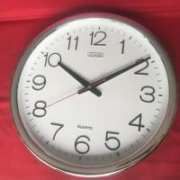 Jam dinding besar ( diameter 40 cm )