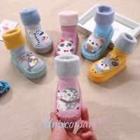 Kaos Kaki Sepatu Anak Bayi Imut