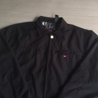 jaket quiksilver size S 69*55// secondhand thriftshop