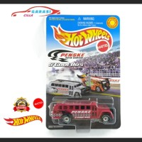Hotwheels Miniatur Diecast S'cool Bus Penske Auto Center Warna Merah