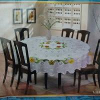 Taplak meja makan bulat 4 kursi diameter 135 cm