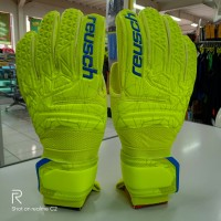 sarung tangan kiper goalkeeper Gloves reusch 5583 hijau original