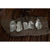 Kalung Liontin Batu White Clear Quartz Crystal Healing Stone 35-40mm