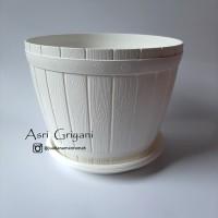 Pot Lovenia Gentong Plastik Putih Ukuran Diameter 16 cm + Alas Tatakan