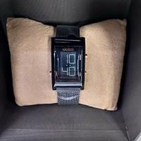 jam tangan wanita GUESS Rantai pasir full black digital