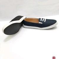 Sepatu Flats Slip On Wanita