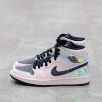 Nike Air Jordan 1 Mid Iridescent 100% Authentic