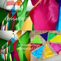 Bendera segitiga festival warna warni event ulang tahun per 1 meter