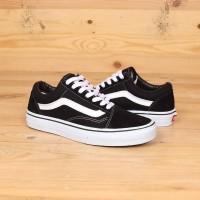 Sepatu Vans Oldskool Classic Black White