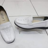 Sepatu Selop Pantopel Putih MILTON Wanita