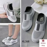 Sepatu Wanita Slip On D15