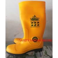 Sepatu Safety Legion Karet Ujung Besi Steel Toe Proyek Medan