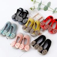 baby prewalker sepatu bayi kaos kaki bayi prewalker sepatu karet 3