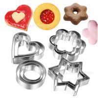 12 Pieces Cookies Cutter / Cetakan Kue Kering Stainless Steel