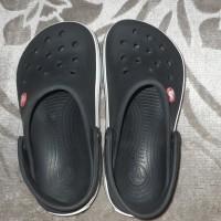 Crocs Junior Size 1 ( Original)