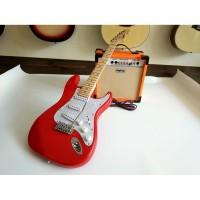 paket gitar listrik fender stratocaster merah amply orange dan jack
