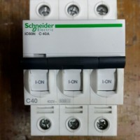 mcb schneider ic60n 3p 40a a9f74340 3phase 3pull 3 phase 3 p