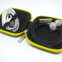STOCK READY STYLISH COLORFUL EARPHONE CASE HEADSET TEMPAT