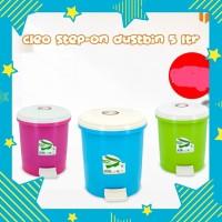 Cleo Step - on Dustbin 5 liter / tempat sampah - Merah Muda