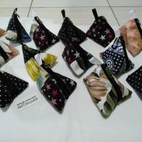DISKON !! souvenir dompet pouch koin segitiga triangle kanvas murah