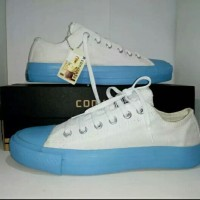 converse all star white blue
