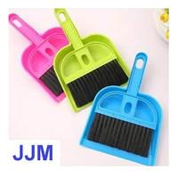 Sapu kecil alat bersih pembersih kebersihan pengki mini - Small Broom