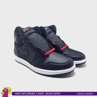 NIKE AIR JORDAN 1 RETRO HIGH - BLACK SATIN GYM RED Size 43