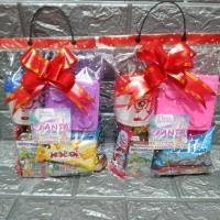 paket souvenir ulang tahun Snack ,kotak makan Lego dan mug topi