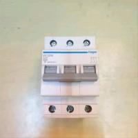 miniatur circuit breaker hager 3pole 25A
