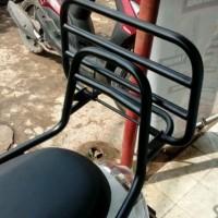 behel scoopy new. back rack.aksesoris motor