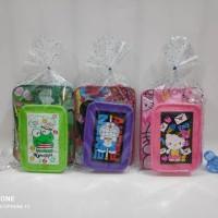 Paket bingkisan souvenir ulang tahun paket Tas dan tempat makan karakt