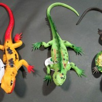 mainan hewan Lizard karet