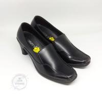 sepatu pantofel heels kerja sekolah kuliah PKL wanita
