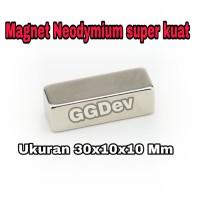 MAGNET NEODYMIUM KOTAK 30x10x10 mm Super kuat