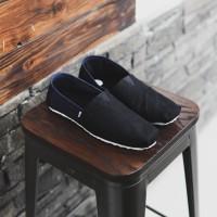 Sepatu Pria Wakai Hitam Biru Sepatu Slip On Kasual Santai